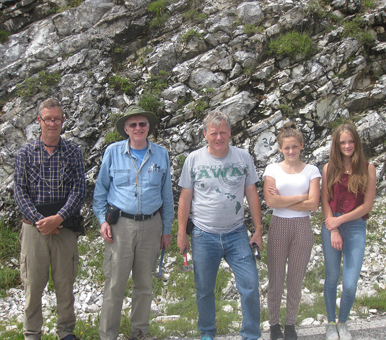 The crew that did the first pilot sampling in July 2014, Jan Smit, Walter Alvarez, and Birger, Laura and Nelly Schmitz, in front of the micrometeorite-rich bed MMA 36 of the Maiolica Formation. The pilot samples showed that the Maiolica limestone is perfect for our type of work, being extremely pure and very easy to dissolve.